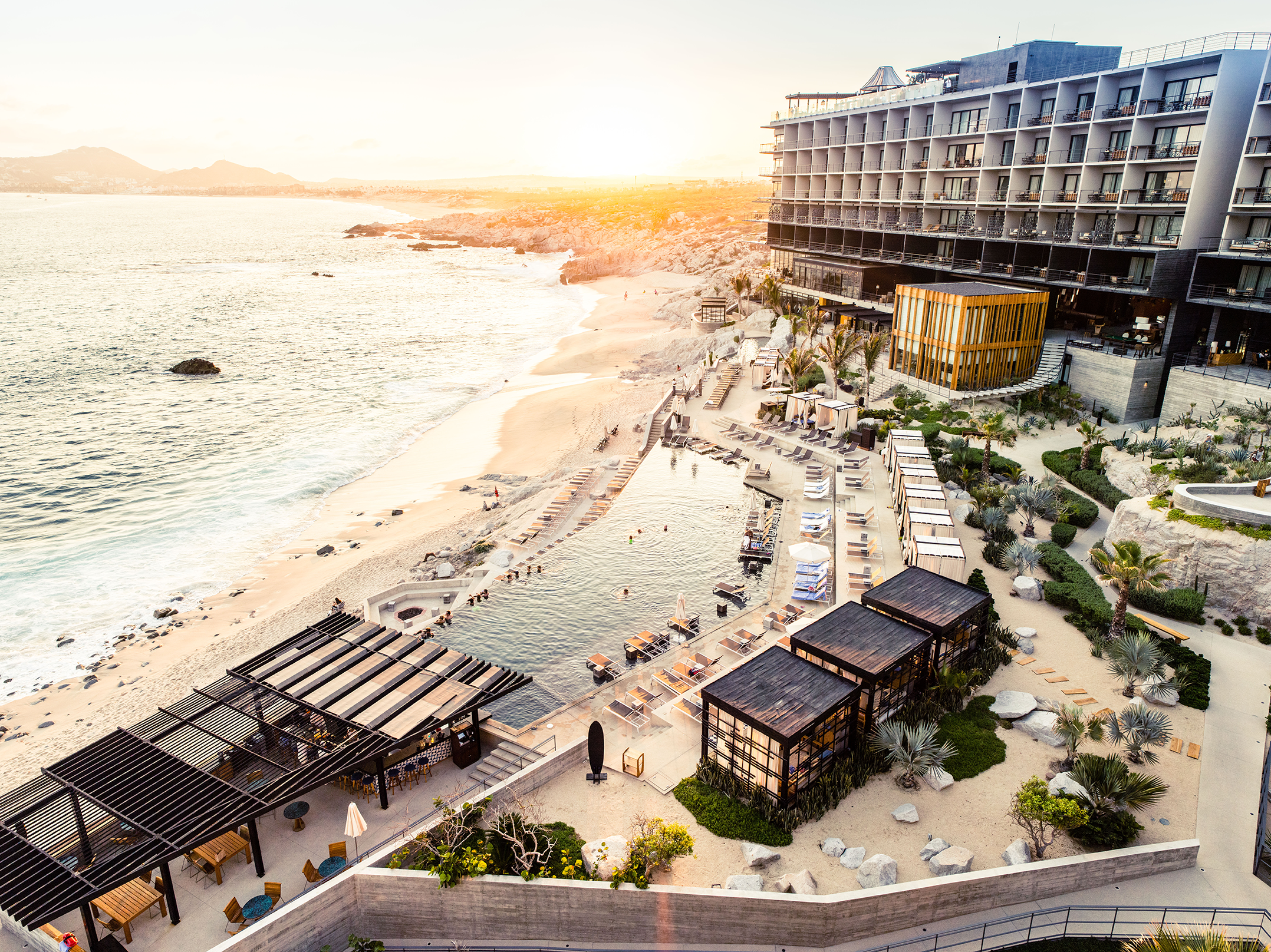 Purewow: Win a Winter Getaway to Cabo San Lucas